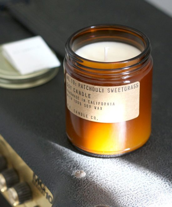 "Bougie artisanale ""Patchouli Sweetgrass"" P.F. Candle"