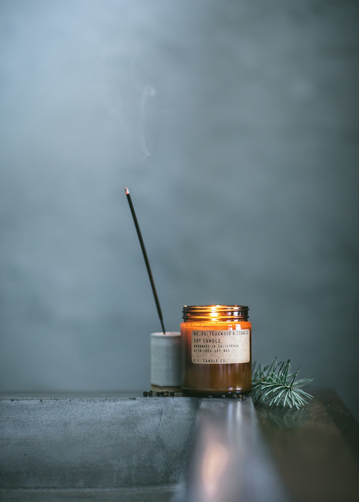 pf-candle-co-fragrance-collection-woods
