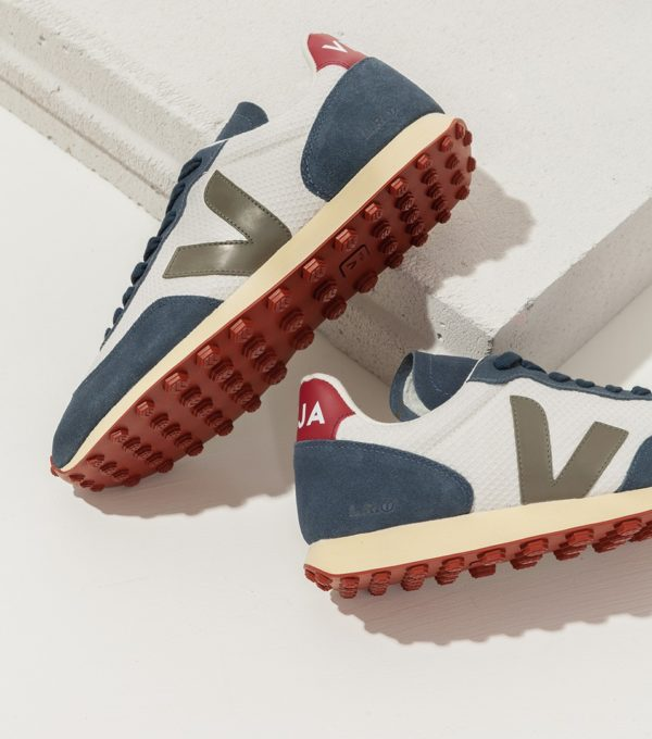 sneakers running by veja blue gravel and kaki green for A Mon Image Paris
